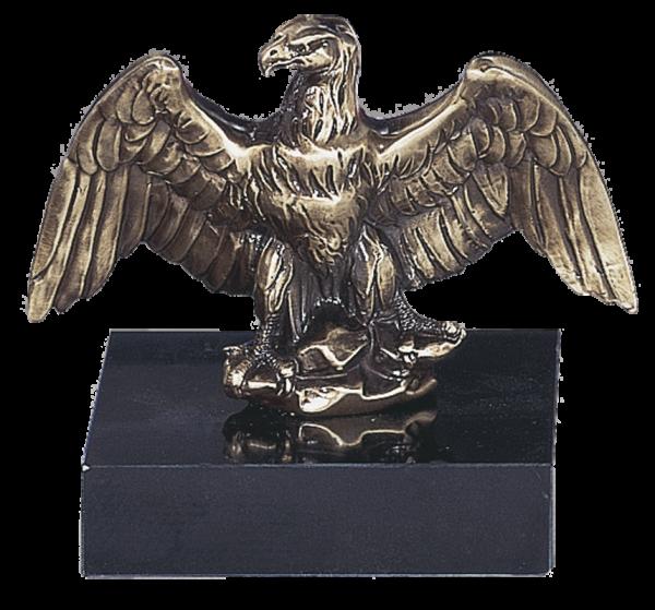 Sitzender Adler