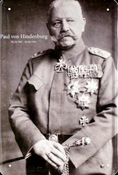 """""""Paul von Hindenburg in Uniform"""""""